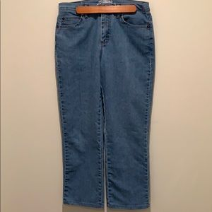 3/$30 Lee high rise light wash relaxed fit jeans
